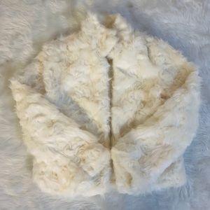 Lilac Dream Faux Fur Cream Coat Size Small